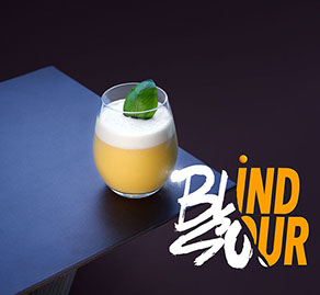 Photo du cocktail de Tigre Blanc, Blind Sour, avec titre en typo